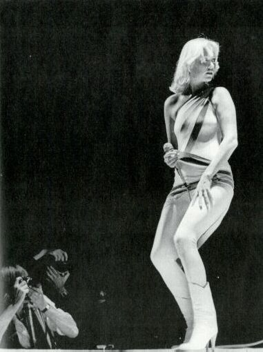 AGNETHA.PERFORMS