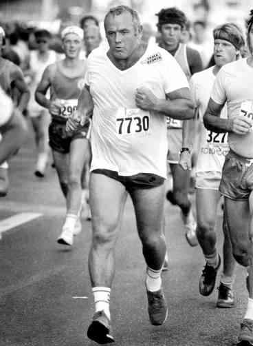 INGEMAR.JOHANSSON.RUNNING.png